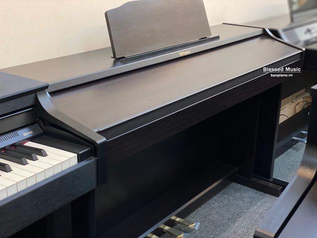 Piano Roland RP 501