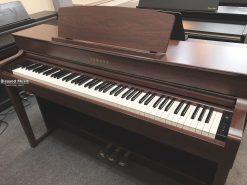 piano yamaha clp 545